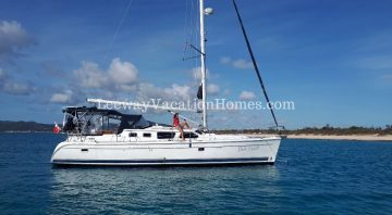 Hunter 44DS sailboat with captain and hostess – Voilier Hunter 44DS avec capitaine et hôtesse