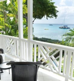 Mahogany Bay – Chanel No.5